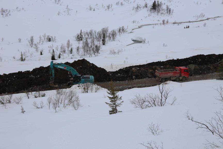 Construction on the Øyfjellet Wind Park.
