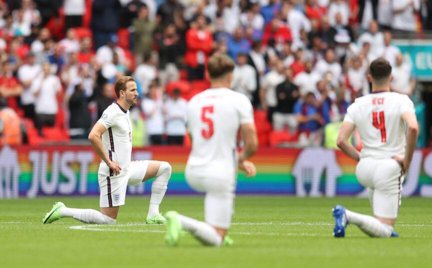 Harry Kane takes a knee
